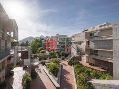 居外网在售智利4卧4卫的房产总占地220平方米CLP 351,230,115