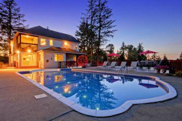 加拿大房产房价_不列颠哥伦比亚省房产房价_维多利亚房产房价_居外网在售加拿大维多利亚5卧5卫曾经整修过的房产总占地343平方米CAD 1,850,000