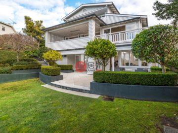 居外网在售新西兰奥克兰5卧1卫的房产总占地1489平方米