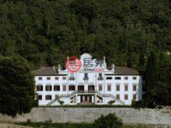 居外网在售意大利Gaiole in Chianti26卧21卫的房产总占地4285平方米EUR 12,500,000