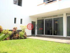 居外网在售秘鲁San Isidro7卧4卫的房产总占地680平方米USD 1,000,000