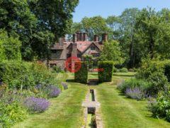 居外网在售英国Dorking8卧5卫的房产GBP 2,200,000