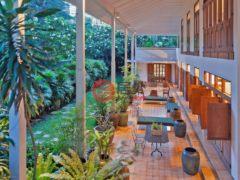 居外网在售泰国曼谷4卧4卫的房产总占地1549平方米THB 1,500,000,000