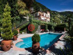 居外网在售意大利Moltrasio5卧5卫的房产总占地1000平方米