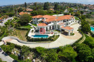 居外网在售美国7卧11卫曾经整修过的房产总占地5871平方米USD 8,488,000
