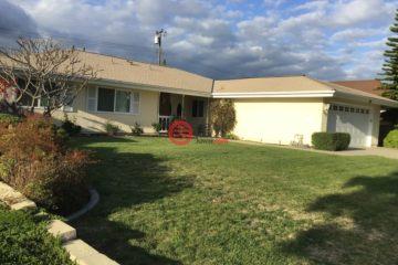 居外网在售美国3卧2卫原装保留的房产总占地548平方米USD 799,000