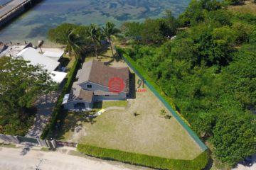 居外网在售瓦努阿图维拉港3卧2卫的房产总占地999平方米VUV 35,000,000