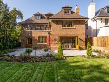 居外网在售英国6卧5卫新房的房产总占地465平方米GBP 4,500,000