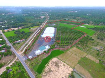 总占地584726平方米的商业地产