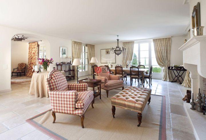 法国普罗旺斯-阿尔卑斯-蔚蓝海岸穆然的房产,编号25144470