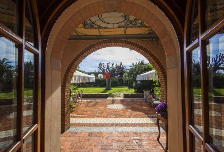 意大利LuccaForte dei Marmi的房产,Forte dei Marmi,编号44513706